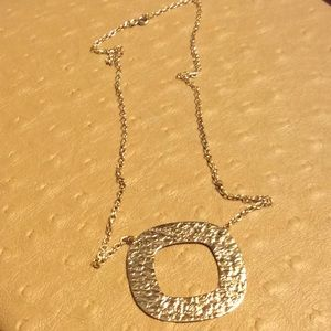 😍14 Kt Yellow Gold Hammered Pendant Necklace😍